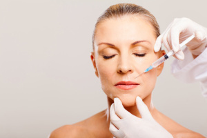 cosmetic injection to mature woman